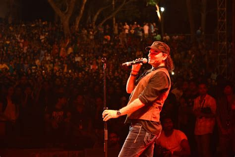 best of mohit chauhan 15 hit songs quot mohit chauhan quot live in concert at marketcity