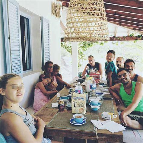 casa di paolo bonolis paolo bonolis e bruganelli la vacanza perfetta a