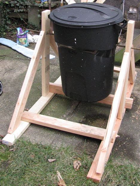 Kitchen Trash Can Ideas by 7 Diy And Homemade Compost Tumbler Ideas And Tutorials