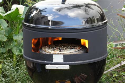 Oven Webber kettle braais pizza oven for weber was sold for r1 399 00 on 28 mar at 11 01 by kettlecaddy in