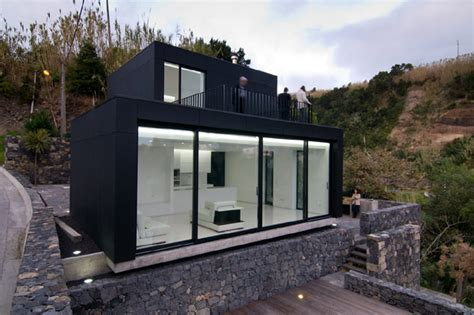 libro retreat the modern house modern weekend retreat with privileged views in the azores portugal freshome com