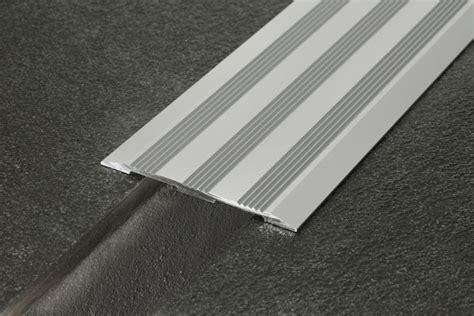 giunti di dilatazione per pavimenti terrazzi giunti di dilatazione e coprigiunti procover gb gr