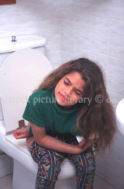 stomach pain after using bathroom stomach pain after using bathroom 28 images girl on