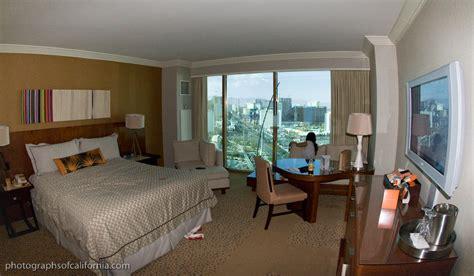 mandalay bay rooms mandalay bay resort and casino las vegas on voyagetv hairstyles