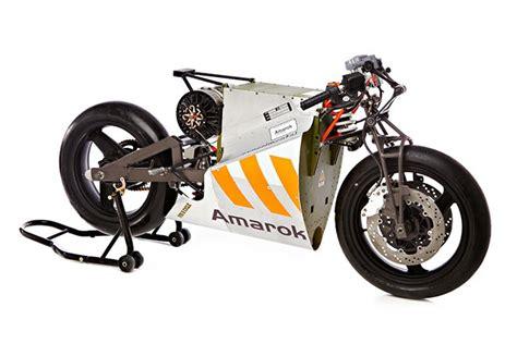 Elektro Rennmotorrad by Amarok P1 Electric Racing Motorcycle Less Is More Says