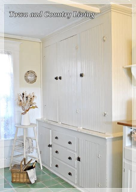 town and country cabinets 201 best mudrooms and utility rooms images on pinterest