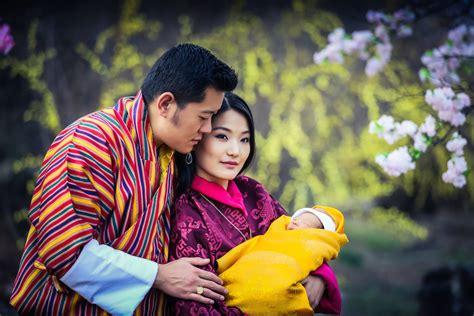 Bhutan Calendã 2018 Jetsun Pema Of Bhutan