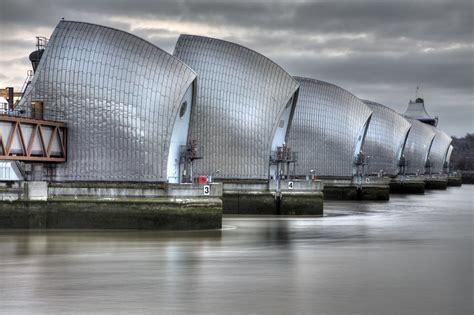thames barrier images river thames on aboutbritain com