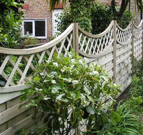Ideas For Garden Fencing Garden Fence Ideas Fencing And Landscaping Pinterest