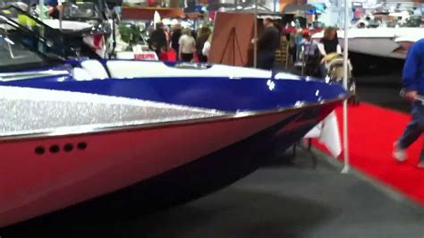 axis boats youtube 2014 axis t22 wakeboarding boat youtube