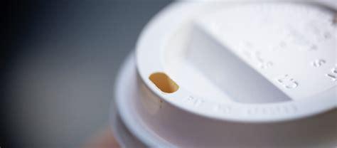 bicchieri caffè il coperchio col buco dei bicchieri da caff 232 il post