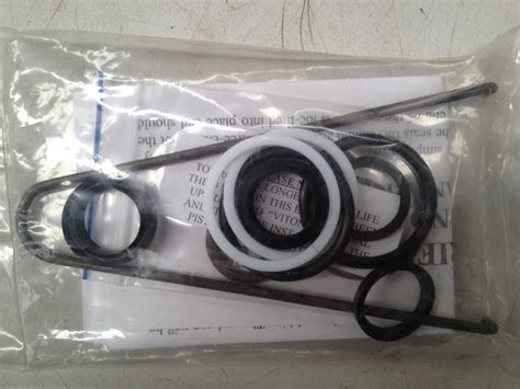 hydrive hydraulic cylinder boat steering hydrive seal kit 213 cylinder marine steering and winches
