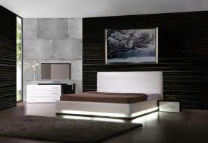 Contemporary Platform Bed Lorezo Contemporary Platform Bed With Lights Contemporary Bedroom