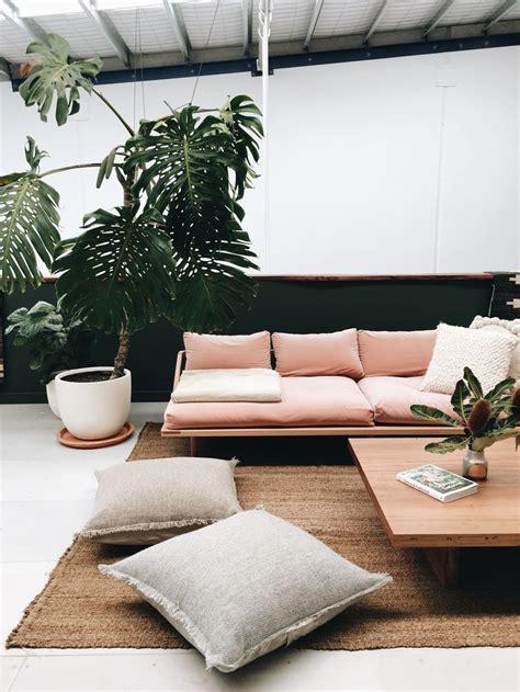 floor cushions instead of couch 25 best outdoor balcony ideas on pinterest balcony