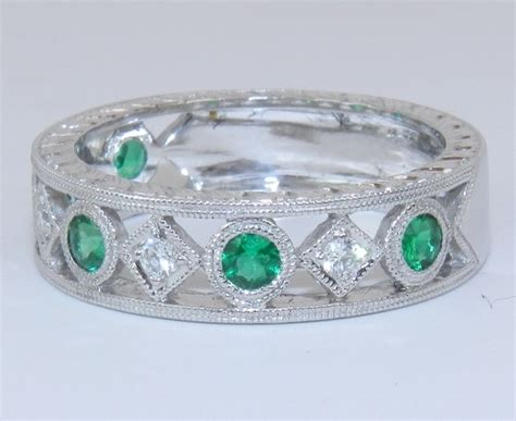 14k white gold and emerald anniversary wedding ring