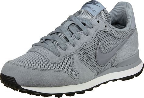 nike internationalist  shoes grey