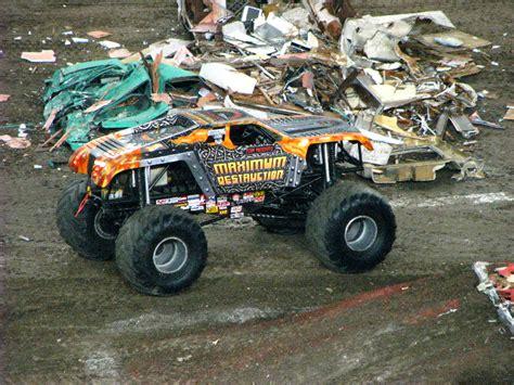 monster truck jam ta fl monster jam raymond james stadium ta fl 207
