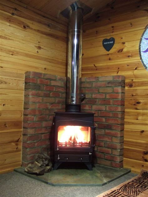 Wood Stove For Shed by Wood Burner Shed Recherche She Sheds