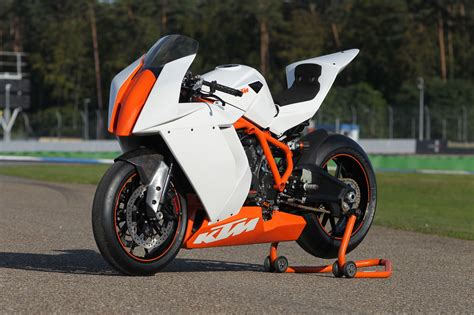 New Ktm Rc8 The New Ktm Rc8 R For Road Track Ride The Wind