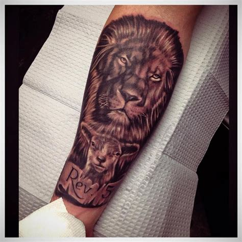 christian lamb tattoo lion and the lamb by raphael barros tattoonow