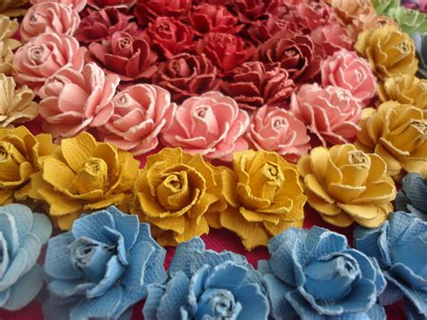 Beautiful Handmade Paper Flowers - beautiful handmade paper roses tutorial feltmagnet