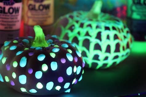 glow in the paint pumpkins glow in the pumpkins ilovetocreate