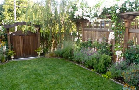 Ideas For Backyard by 25 Beautiful Fence Designs To Improve And Accentuate Yard