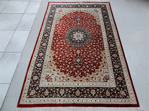 the rug place qom silk rug5 x 3 2 ft 152 x 97 cm rugs place