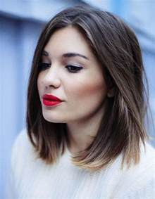 coupe femme cheveux rond