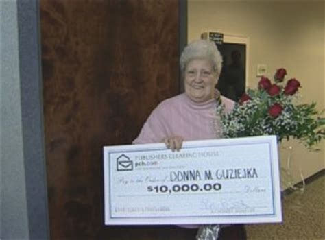 Last Winner Of Publishers Clearing House - pch prize prize patrol surprises virginia woman with 10000 cash sweepstakes award