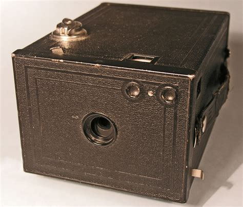 first camera ever made the history of kodak pioneer of film and digital