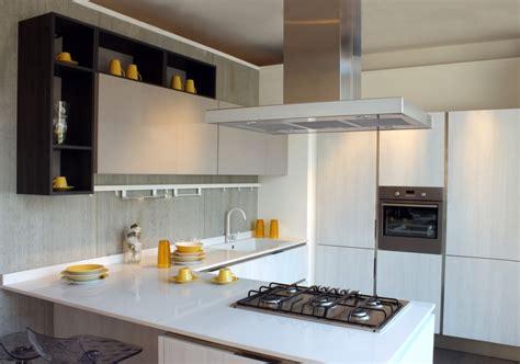 cucine moderne ad angolo con isola idee cucina moderna ad angolo con penisola