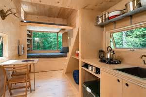 Tiny House Getaway by Try Out A Tiny Cabin With Getaway Tiny House Blog