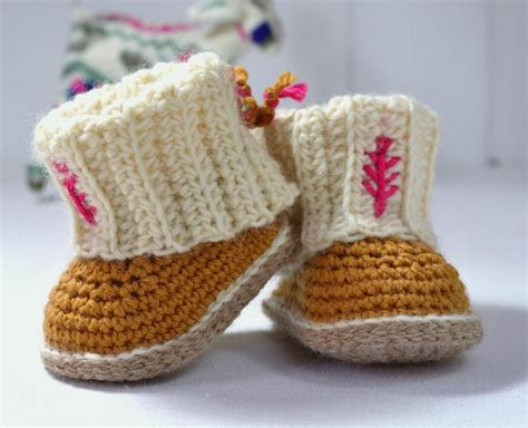 crochet pattern uggs baby boots top baby ugg patterns lovecrochet blog