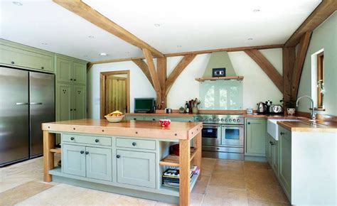 Kitchen Colours Ideas by 25 Country Style Kitchens Homebuilding Amp Renovating