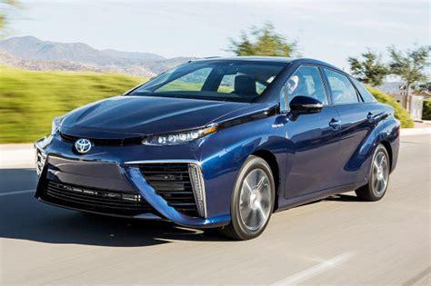 Brennstoffzellenauto Toyota by Toyota Mirai Fcv Erste Fahrt Im Brennstoffzellen Toyota