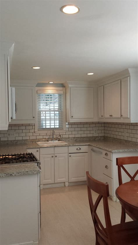 lowes upper kitchen cabinets 1000 images about budget home renovation on pinterest