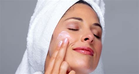 8 Wrinkle Myths by 8 Tips For Skin Care On Flights For And