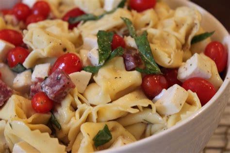 tortellini pasta salad delicious caprese tortellini pasta salad vixen s kitchen