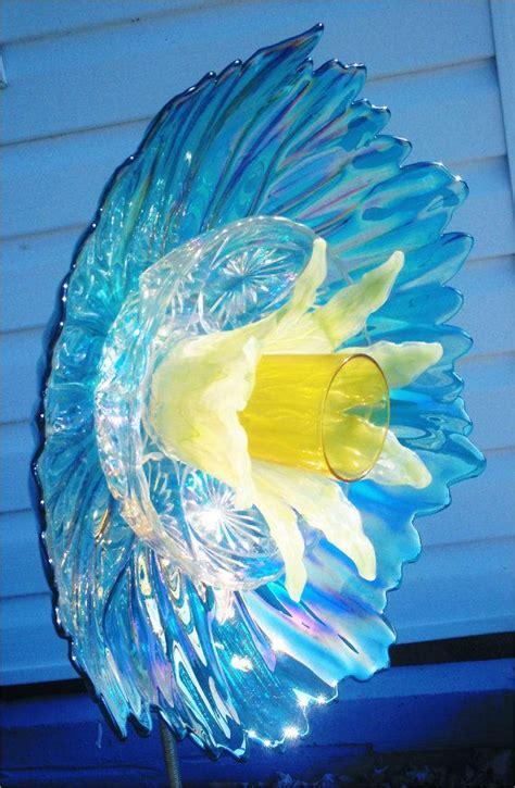 Garden Decor Glass Plate Flower For Your Garden In Glass Garden Flowers