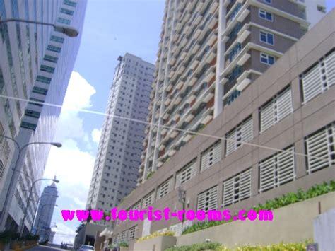 shopping mall near the gateway garden heights apartment