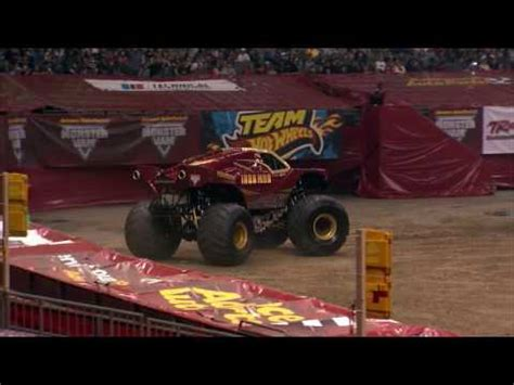 monster truck show new orleans rigs of rods monster jam 5 breakable trucks 5 tracks