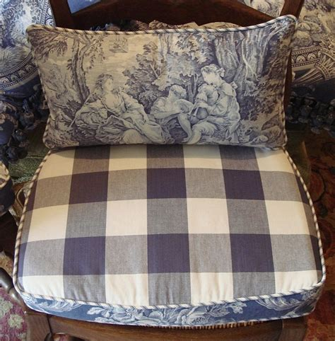 Country Chair Cushions by 418 Best Ideas About Pillow Talk On Linen