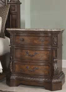 ledelle poster bedroom set  ashley     coleman furniture