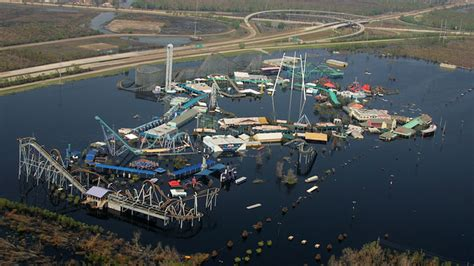 theme park zombieland welcome to zombieland felice