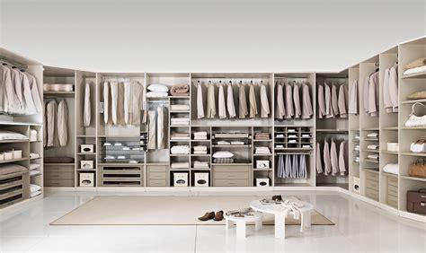 casa dell armadio cambio dell armadio la guida per scegliere gli accessori