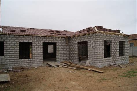 housing stumbelbloc zimbabwe