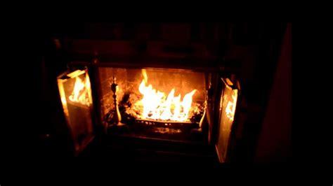 Pine Mountain Fireplace Logs by Pine Mountain Ultraflame Log Test