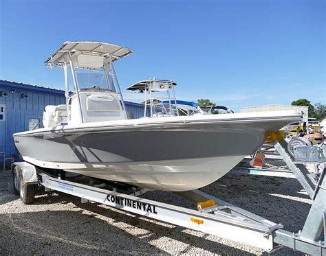 2018 new avenger 24 center console24 center console center - 24 Center Console Boats For Sale