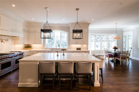 what is transitional style 3 defining features of a transitional style home